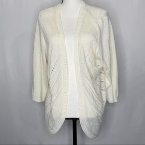 Sweaters - Cream 3/4 Sleeve Hi-Lo Hem Sweater Cardigan